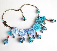 crochet necklacebue flower necklaceinspirational by Marmotescu