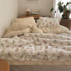 Room Ideas Bedroom, Bedroom Inspo, Bedroom Decor, Decor Room, Decoration Inspiration, Room Inspiration, Dream Rooms, Dream Bedroom, Aesthetic Room Decor