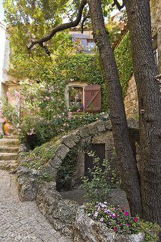 Tourtour, Provence-Alpes-Côte d'Azur_ France