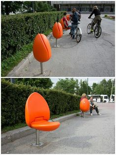Examples Of Urban Design Which Ought To Be In Every City Smart! A Tulip Seat for Public Spaces (Holland) MoreSmart! A Tulip Seat for Public Spaces (Holland) . Architecture Design, Landscape Architecture, Landscape Design, Urban Furniture, Street Furniture, Furniture Design, Chair Design, Tulip Chair, Urbane Kunst