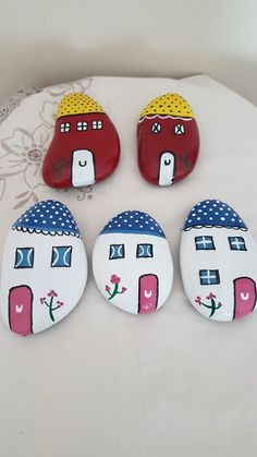 so darling Pebble Painting, Painting Tools, Dot Painting, Pebble Art, Stone Painting, House Painting, Painted Houses, Painted Rocks, Elephant Tattoos