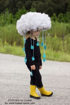 Make a quick & easy RAIN CLOUD COSTUME…Diy kids dress up, would be great to make togehter. tha base is simply a hat! Make a quick & easy RAIN CLOUD COSTUME…Diy kids dress up, would be great to make togehter. tha base is simply a hat! Crazy Hat Day, Crazy Hats, Diy Halloween Costumes For Kids, Easy Halloween, Costume For Kids, Group Halloween, Zombie Costumes, Halloween Couples, Quick Costume Ideas
