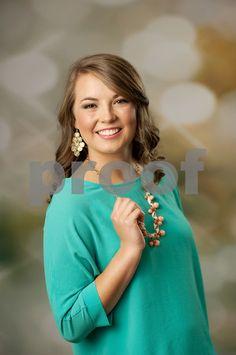 senior portraits, senior girls, what to wear for senior pictures, senior girl poses, posing ideas