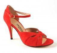 isidoro guarrera Tango Shoes, Kitten Heels, Sandals, Fashion, Moda, Shoes Sandals, Fashion Styles, Fashion Illustrations, Sandal