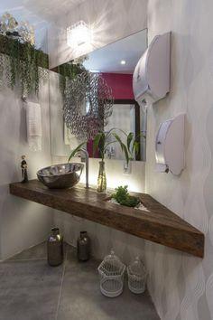 Banheiro Público da Noiva - Bancada em Madeira de Demolição