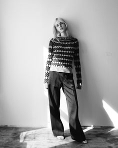 fashion editorials, shows, campaigns & more! fashion editorials, shows, campaigns & more!: knit picky: julia by matteo montanari for wsj may 2015 Al. Knit Fashion, Teen Fashion, Fashion Art, Matteo Montanari, Pantalon Large, Model Test, Summer Knitting, Fashion Photography Inspiration, Poses