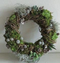 winter succulent wreath - Google Search