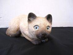 Sandicast Cat Sculpture by Sandra Brue Siamese Kitten Figurine Crouching Kitty