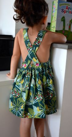 Coin Couture, Baby Couture, Couture Sewing, Daily Health Tips, Creation Couture, Collar Blouse, Diy Clothes, Frocks, Baby Dress