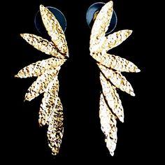 Διαγωνισμός: Κέρδισε ένα ζευγάρι υπέρκομψα σκουλαρίκια