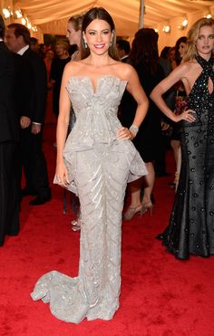 Met Gala 2012: Sofia Vergara in a Marchesa dress and 2 million dollars worth of Harry Winston jewelry.
