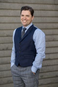 "When Calls the Heart, Season 4, ""The Heart of the Community"" - Kavan Smith as Leland Coulter. Catch him in The Perfect Bride with Pascale Hutton in our June Weddings celebration - Saturday nights on Hallmark Channel.  #heartiesa"