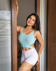 Sakshi Agarwal 10 Sakshi Agarwal HD Photos| Hot Images| Wallpapers Hindi Actress, Tamil Actress Photos, Indian Film Actress, Bollywood Actress, Indian Actresses, Saree Backless, Bollywood Masala, Latest Images, Beautiful Models