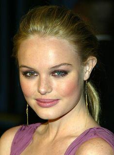 Kate Bosworth natural make up with smoky eyes