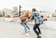 Kyla & Gus are suuuch cuties. We played around on a rooftop in Koreatown, Los Angeles with a killer view of Downtown LA in the distance! Rooftop Photoshoot, California Wedding, Southern California, Los Angeles Skyline, Summer Couples, Engagement Photo Poses, Couple Photography, Urban Fashion, Natural Photoshoot