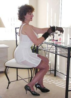 High and heels girdles vintage