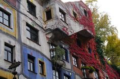 The Latest 99% Invisible: Hundertwasser and His Fight Against the Godless Line,Hundertwasserhaus in Vienna, Austria. Image © Flickr CC User Antoon Kuper