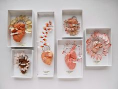 Lyndie Dourthe: WORKS II (The (im)perfect hearts.
