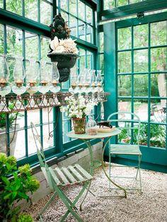Casa en el jardin acristalada