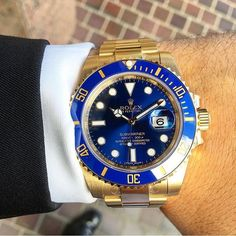 Rolex Watches, Watches For Men, Rolex Submariner Blue, Hand Watch, Solid Gold, Fancy, Jewels, Luxury, Outfits