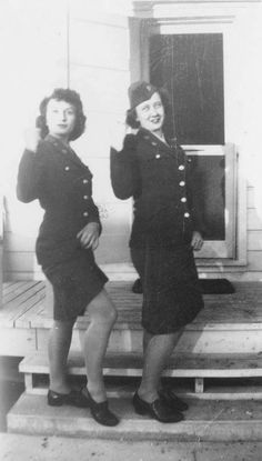 The 'pin-ups' of the Women's Army Corps ~