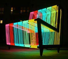 Encomendado pela revista Wallpaper *, KIWI produziu The Disco Chair, uma cadeira com o conceito de mobiliário iluminado. Construída por 200 metros lineares de arame iluminado, a cadeira se transforma em um arco-íris de néon quando alimentado por energia. Uma configuração de pulso permite que a cadeira acenda e apague formando uma verdadeira instalação de discoteca instantânea.