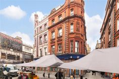 https://www.realestatexchange.co.uk/properties/comprare-casa-a-londra-tisbury-court-soho-londra-w1/?lang=it