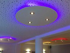 Abgehängte Deckenbeleuchtung deckensegel abgehängte decke mit indirekter beleuchtung room