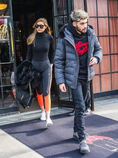 Pin for Later: Gigi and Zayn Are So in Sync, They're Starting to Dress Alike When They Both Took On the Athleisure Trend Gigi paired a turtleneck and leggings in NYC as her man wore a casual black hoodie.
