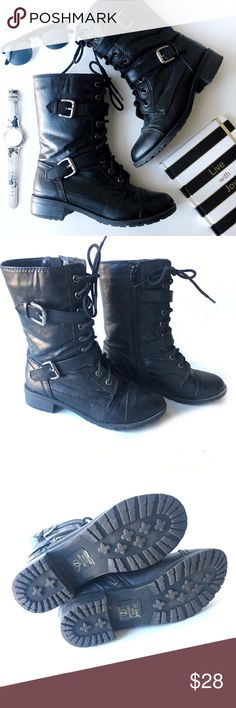 Black Lace Up Combat Boots •Combat boots •Black lace up •Two straps across front that buckle •Zipper on side • condition: good, gently used •A few scratches on the toe area •Size 7 •True to size Soda Shoes Combat & Moto Boots