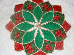 Beautiful Christmas quilt.
