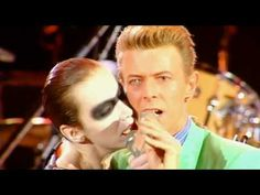 Queen with Annie Lennox  and David Bowie - Under Pressure