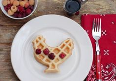 Two rustic, flavorful gluten-free waffles recipes not to be quickly forgotten: Buckwheat Pecan & Cornmeal Blackberry! The Breakfast Club, Breakfast For Kids, Breakfast Recipes, Wedding Breakfast, Sin Gluten, Wedding Food Menu, Wedding Reception, Gluten Free Waffles, Waffle Recipes