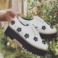 Japanese harajuku students flowers platform shoes