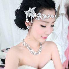 Vintage Wedding Bridal Crystal pearl Hair Accessories Headband Crown Tiara Band #TiaraheadbandCrownbandHairAccessories