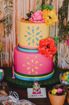 The perfect colorful cake for a girly boho baptism! A treat for the eyes! LINK IN BIO  Event Planner : Venue : Casa e Campo Catering : Photographer :  . Best Friend Wedding, My Best Friend, Toddler Biting, Boho Theme, Colorful Cakes, Dessert Table, Toddler Activities, Christening, Vivid Colors
