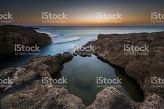Under and over the water... ストックフォト・写真素材 101043841 - iStock
