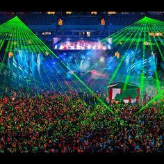 zeer gave laser show in het gelredome in Arnhem  http://www.justleds.co.za