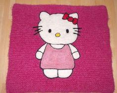 Bilderesultat for hello kitty sitteunderlag oppskrift Needle Felting, Hello Kitty, Knitting, Fictional Characters, Art, Felting, Art Background, Tricot, Breien