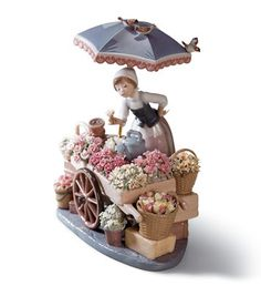 LLADRO - FLOWERS OF THE SEASON