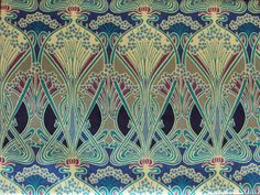 William Morris -Liberty of london cotton tana lawn fabric -size is apprx 19.5 x 16.5 which is for a fat quarter if you are quilting . This is the only piece I have. I do not quilt . Beautiful silky hand to this vintage piece of cloth.Just perfect.