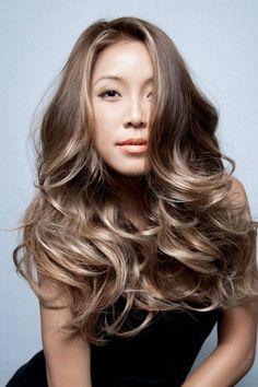 nice Мелирование на темные волосы: фото до и после Читай больше http://avrorra.com/melirovanie-na-temnye-volosy-foto/