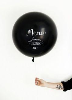 Menu Balloon Turn a balloon into a menu for your next party.Turn a balloon into a menu for your next party. Wedding Menu, Diy Wedding, Wedding Foods, Wedding Vintage, Wedding Catering, Wedding Ideas, Wedding Details, Diy Ballon, Balloon Balloon