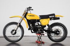 Classic Motors For Sale has classic cars for sale plus a selection of vintage cars from dealers and auctions in UK, US, and Europe. Suzuki Dirt Bikes, Motorcycle Dirt Bike, Bobber Bikes, Motocross Bikes, Vintage Motocross, Moto Bike, Vintage Bikes, Vintage Motorcycles, Classic Motors