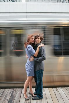 This picture shows shutter speed because it freezes what's going on not fully but it does. For example in the picture the couple is there but in the back ground is a bus moving and it's frozen but at the same time blur so the shutter speed isn't too low Slow Shutter Speed Photography, Motion Blur Photography, Photography Lessons, Photography Editing, Photography Tutorials, Creative Photography, Digital Photography, Exposure Photography, Landscape Photography