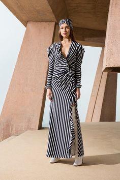 Jonathan Simkhai Fall 2019 Ready-to-Wear Collection - Vogue Fashion Brands 66ec396548ff