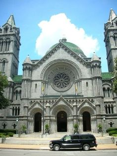 Cathedral Basilica of Saint Louis  located in the Central West End area.