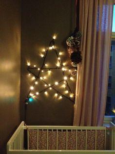 Ljusslinga på väggen