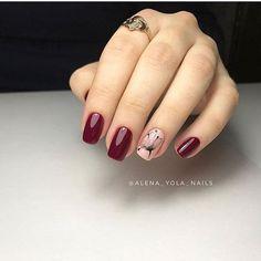 Stunning nail art trend ideas for 2019 027 Stunning nail art trend ideas for 2019 027 Burgundy Nails, Red Nails, Acrylic Nail Designs, Nail Art Designs, Matte Nails Glitter, Latest Nail Designs, Pretty Nail Art, Flower Nails, Stylish Nails