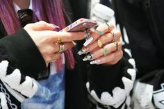Powerpuff nails, dinosaur rings